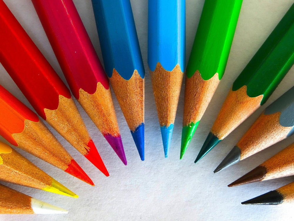 Professional colored pencils for adult coloring
